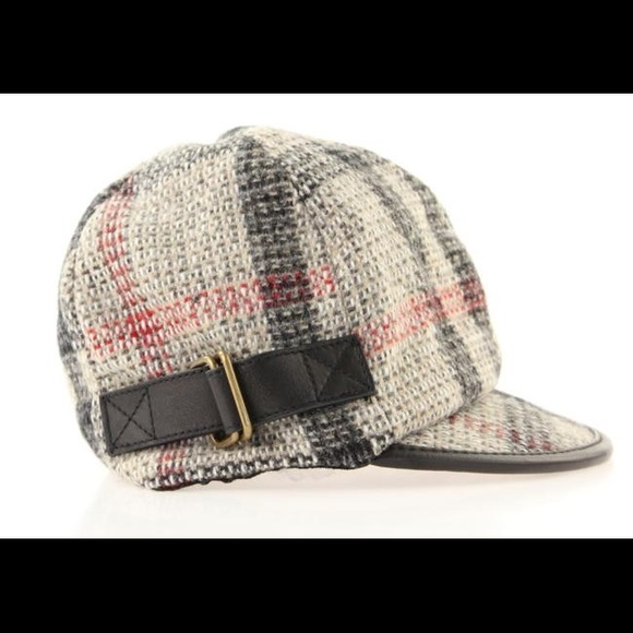 c96514ad5c5a3 Burberry Accessories - Burberry Multicolor Newsboy Hat
